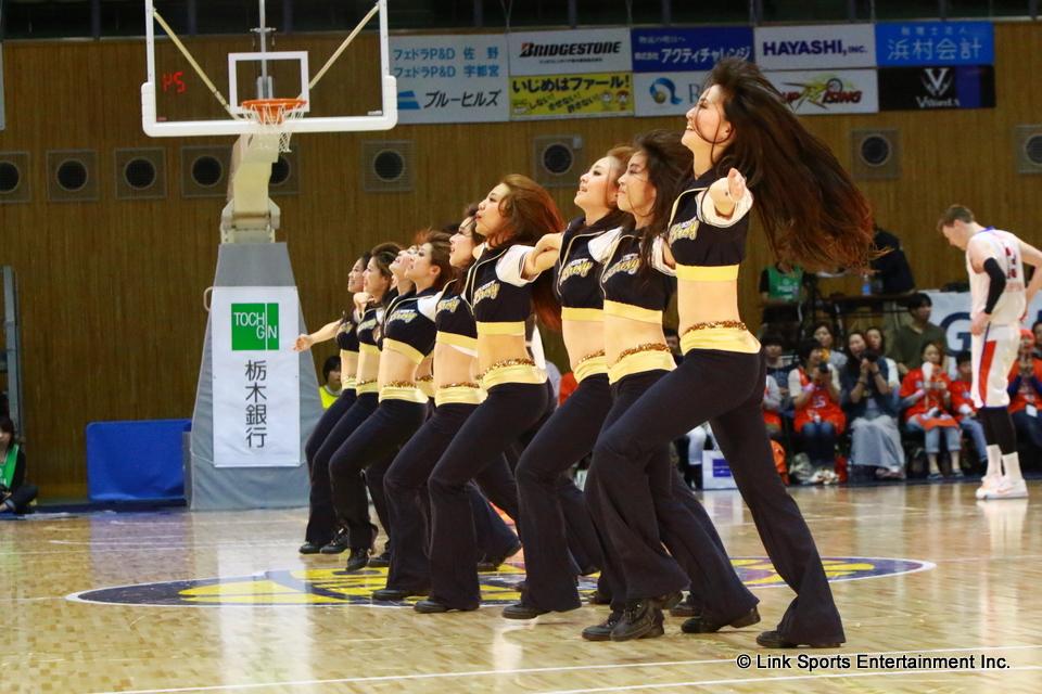 ダンスパフォーマンス3